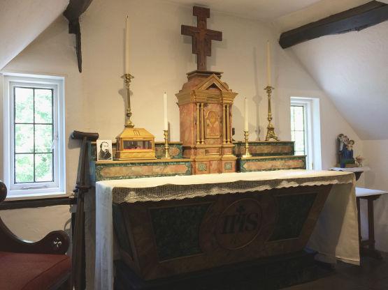 Secret chapel